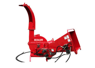 China 20 - 50HP 3 Point Linkage Wood Chipper , 4 Cutting Knives Pto Wood Chipper Shredder supplier