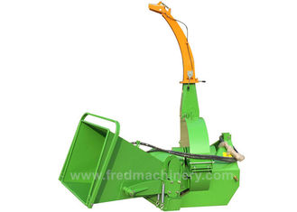 China Hydraulic Feeding Pto Driven Wood Chipper 20 - 50HP With 2 Years Warranty supplier