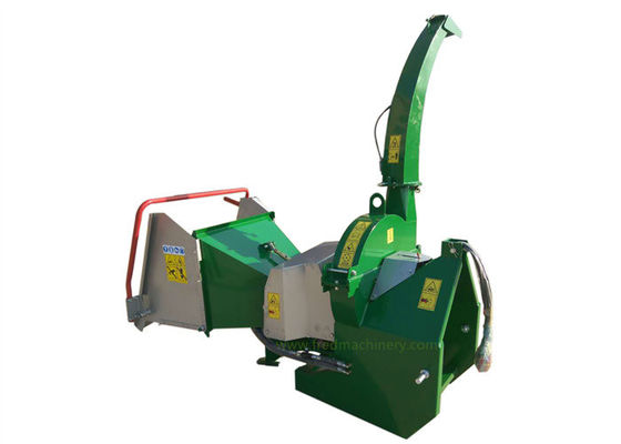 China 4 Cutting Knives 7 Inch Wood Chipper 40 - 100 HP With Hydraulic System supplier