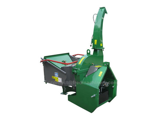 China 24L PTO Driven Wood Chipper 360 Degree Discharge Chute Two Years Warranty supplier