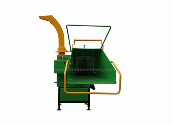 25 - 45HP 3 Point Chipper Shredder , 3 Pt Hitch Chipper Smooth Performance